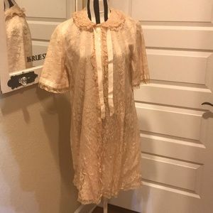 Vintage lace robe with ribbon detail